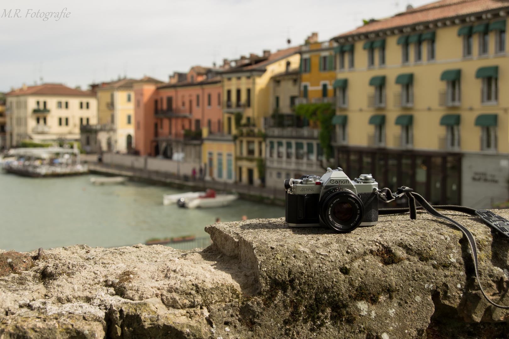 Canon AV-1 in Peschiera del Garda (Italien)
