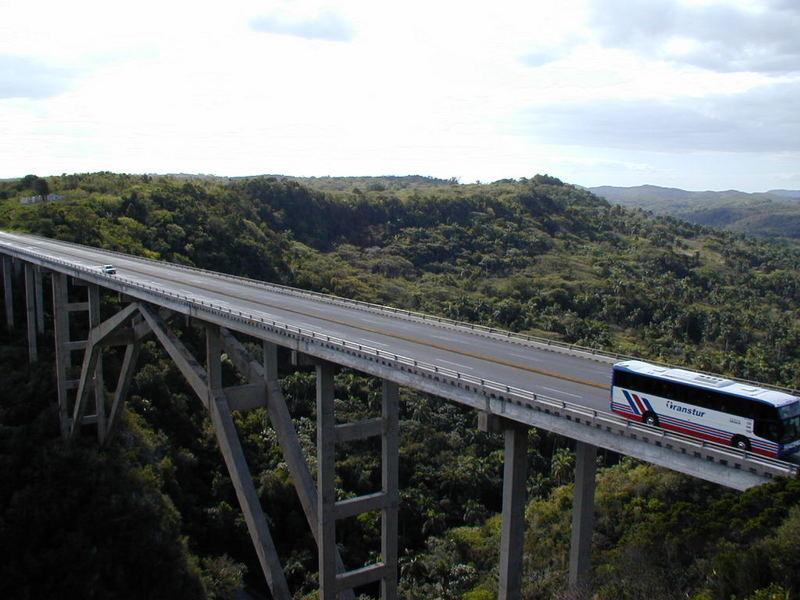 Canyon-Bridge