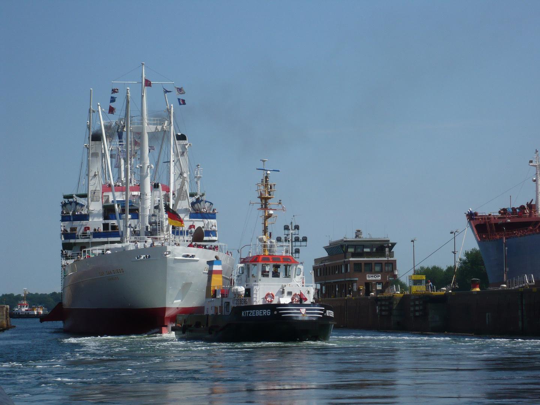Cap San Diego - Schleuse Kiel Holtenau