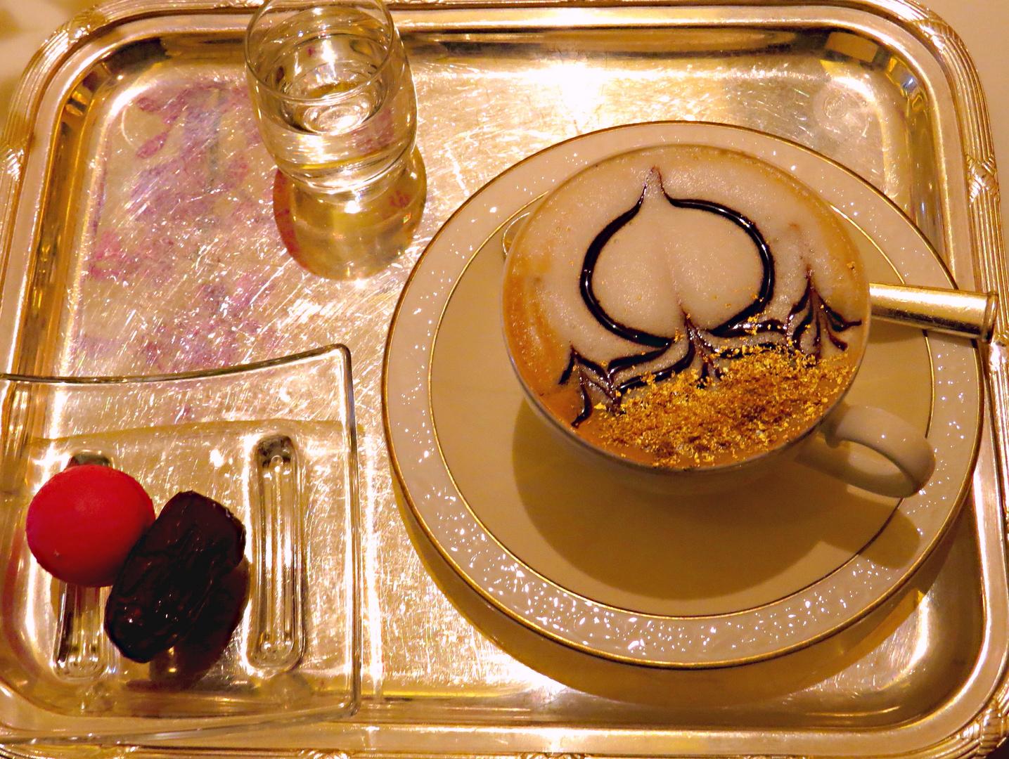Cappuccino in Abu Dhabi.........