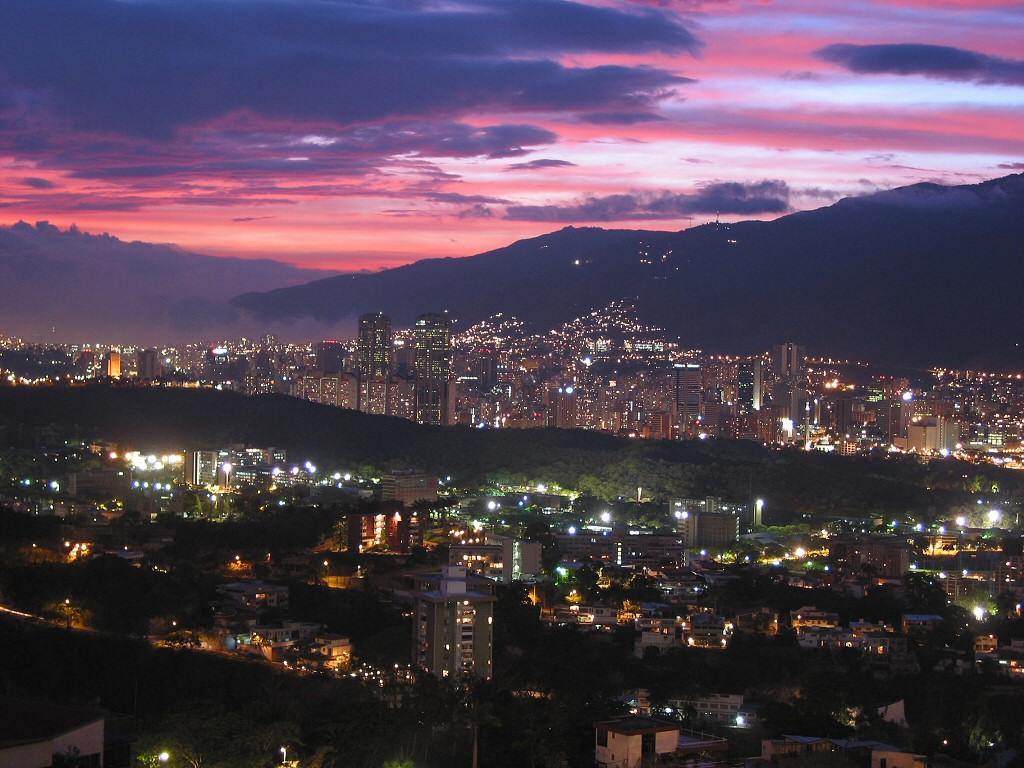 Caracas bei Nacht