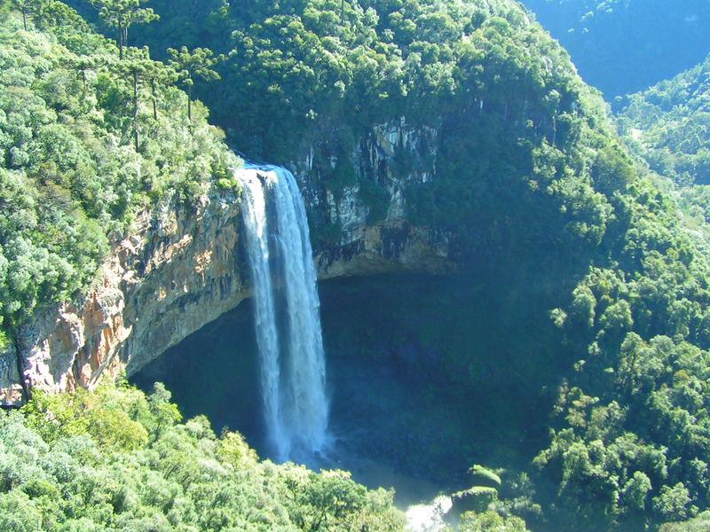 Caracol waterfall