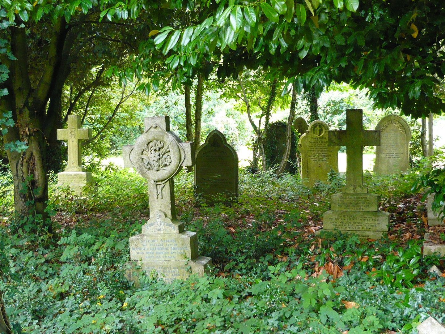 Cardiff,Cathay Cemetery