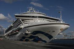 Caribbean Princess (Steuerbord-Seite)
