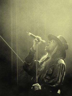 Carl McCoy(Fields of the Nephilim)