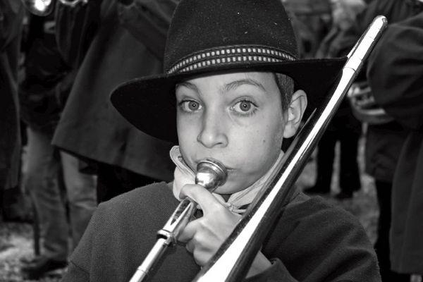 Carnaval de Limoux. Jeune musicien.