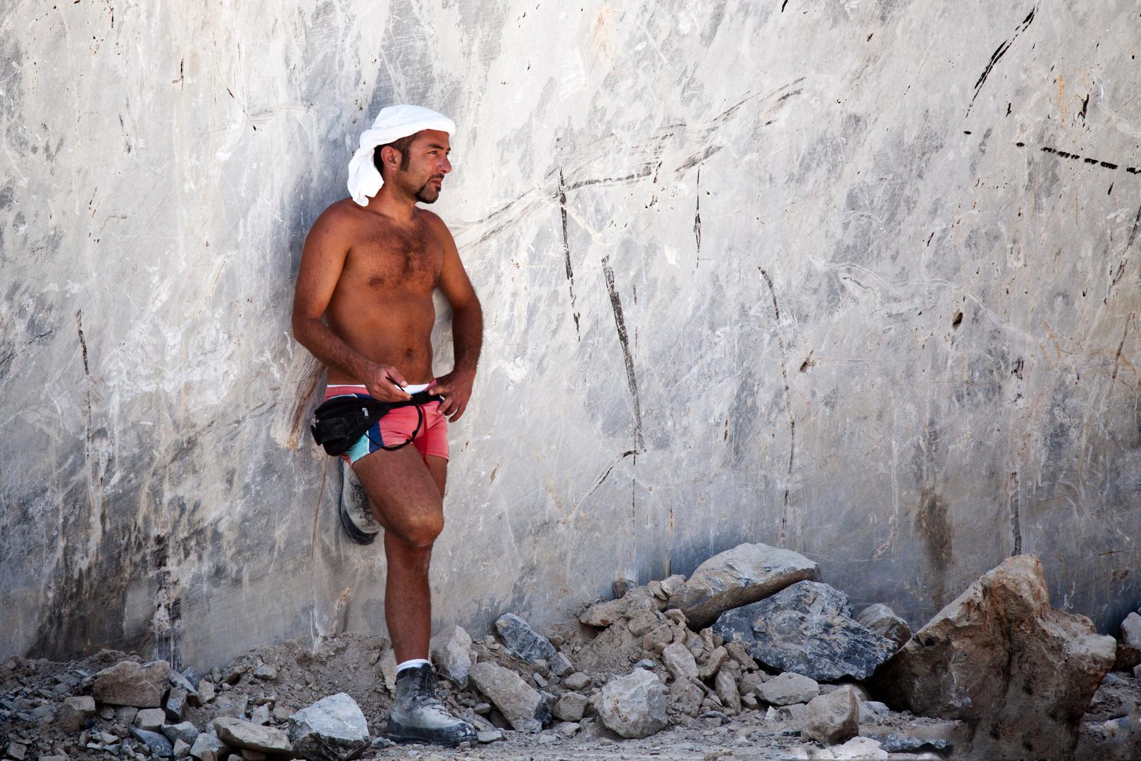 Carrara-Worker