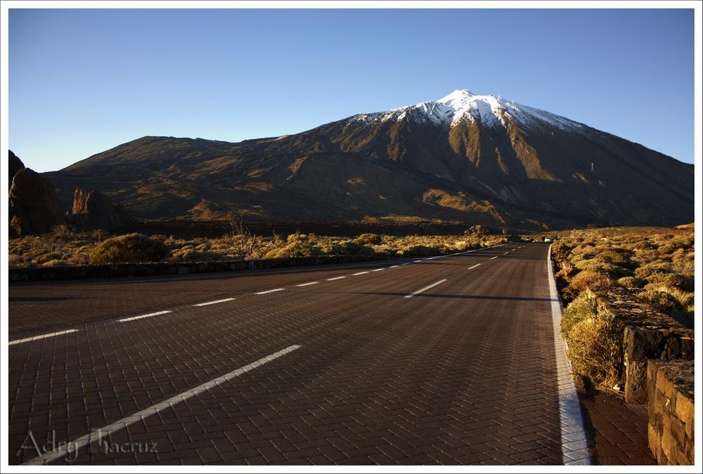 Carretera hacia el Teide.
