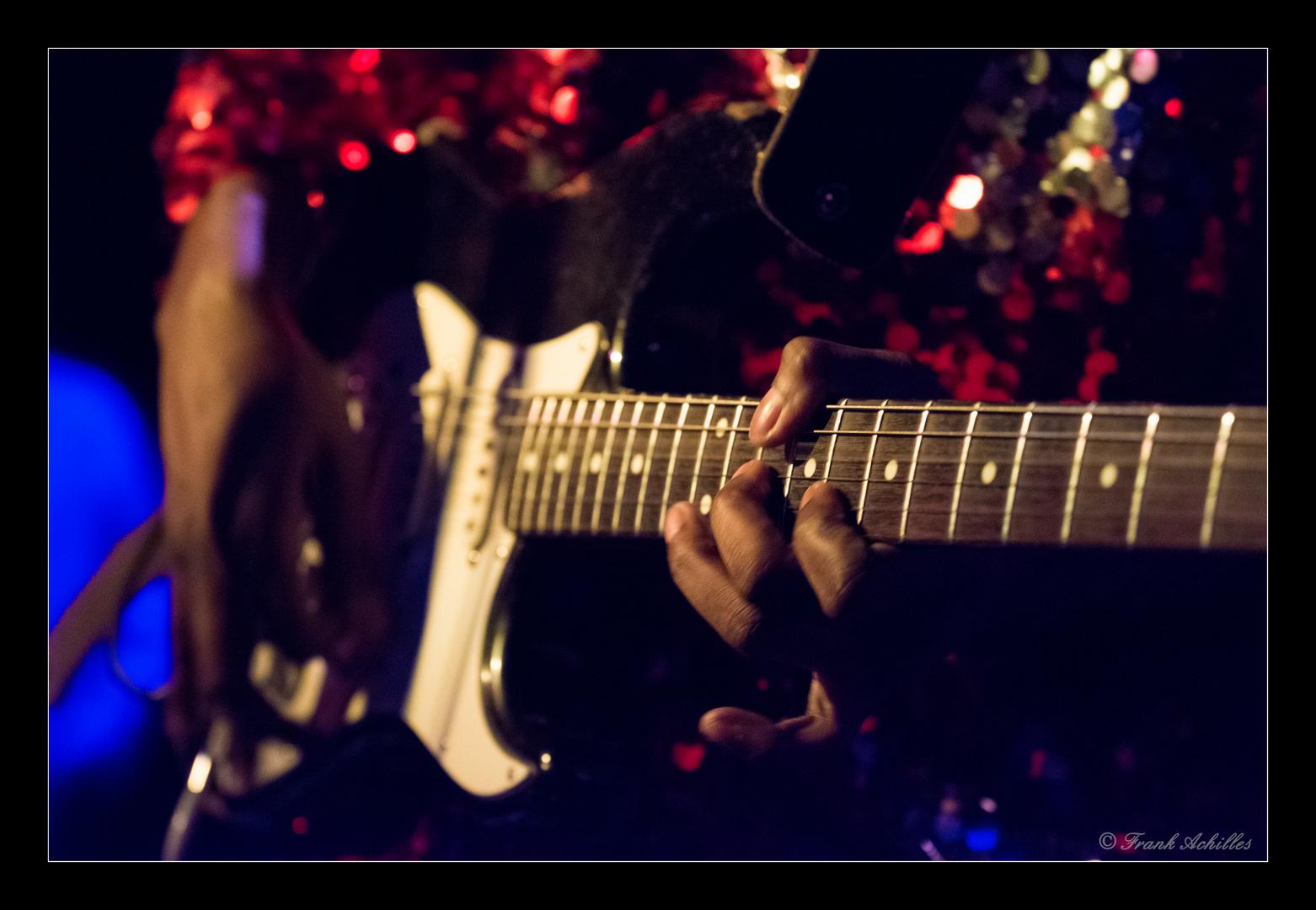 Carvin Jones mit Band 7