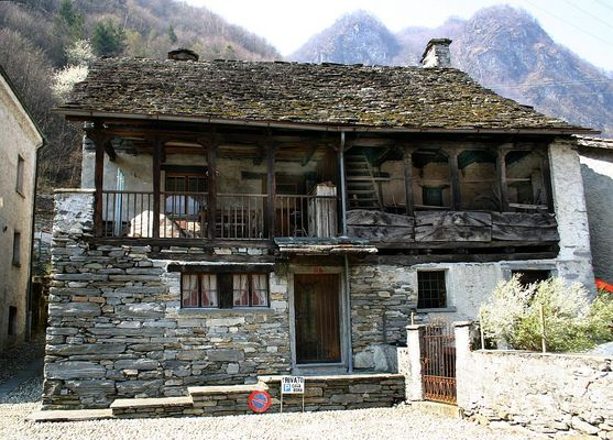 Casa Bora in Aurigeno