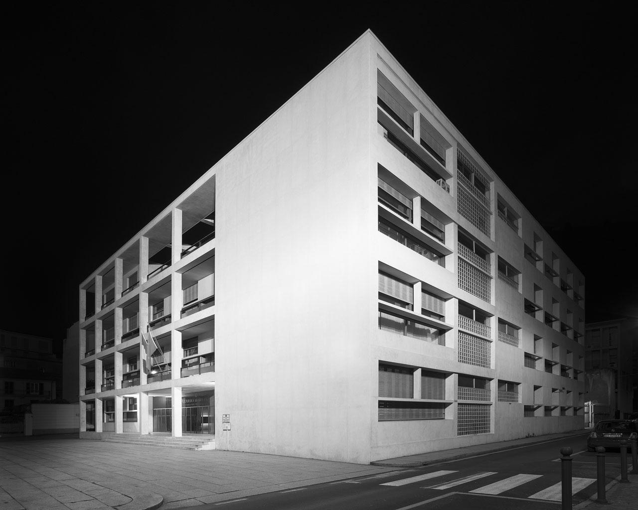casa del fascio luce foto immagini architetture