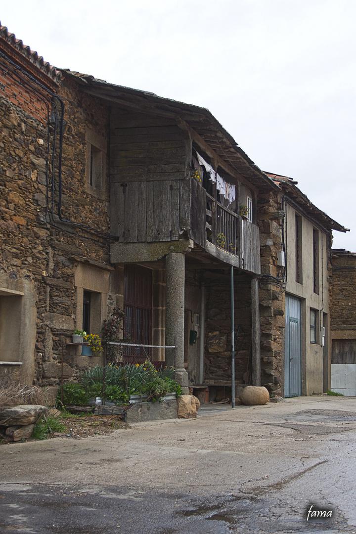 Casas de Nuez de Aliste