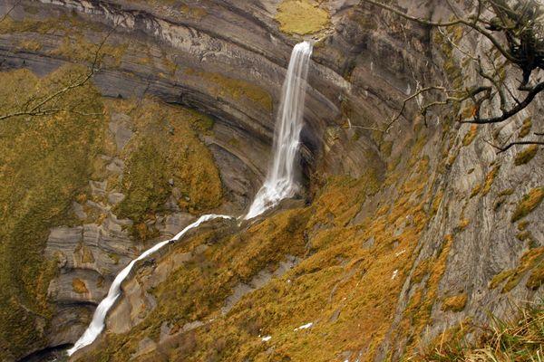( Cascada de San Miguel )
