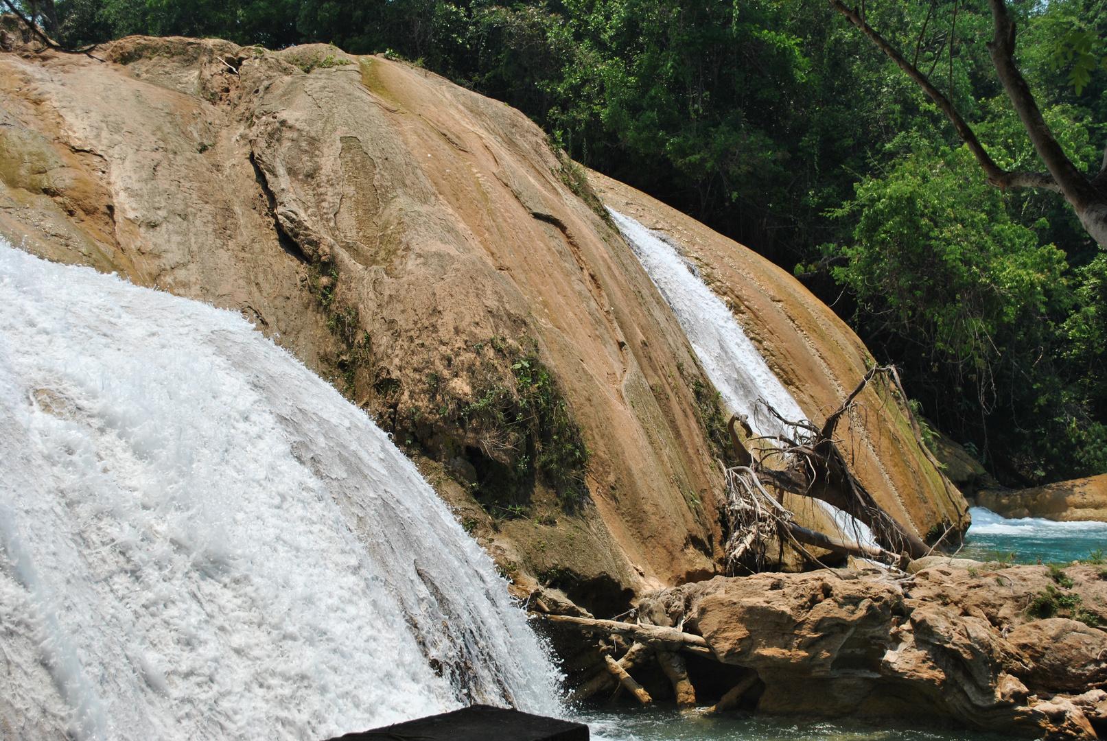 Cascadas Agua Azul Chiapas Mexico