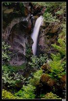 ...Cascade de la Laya...