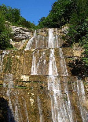 Cascade de l'Eventail mesurant 64 m de haut