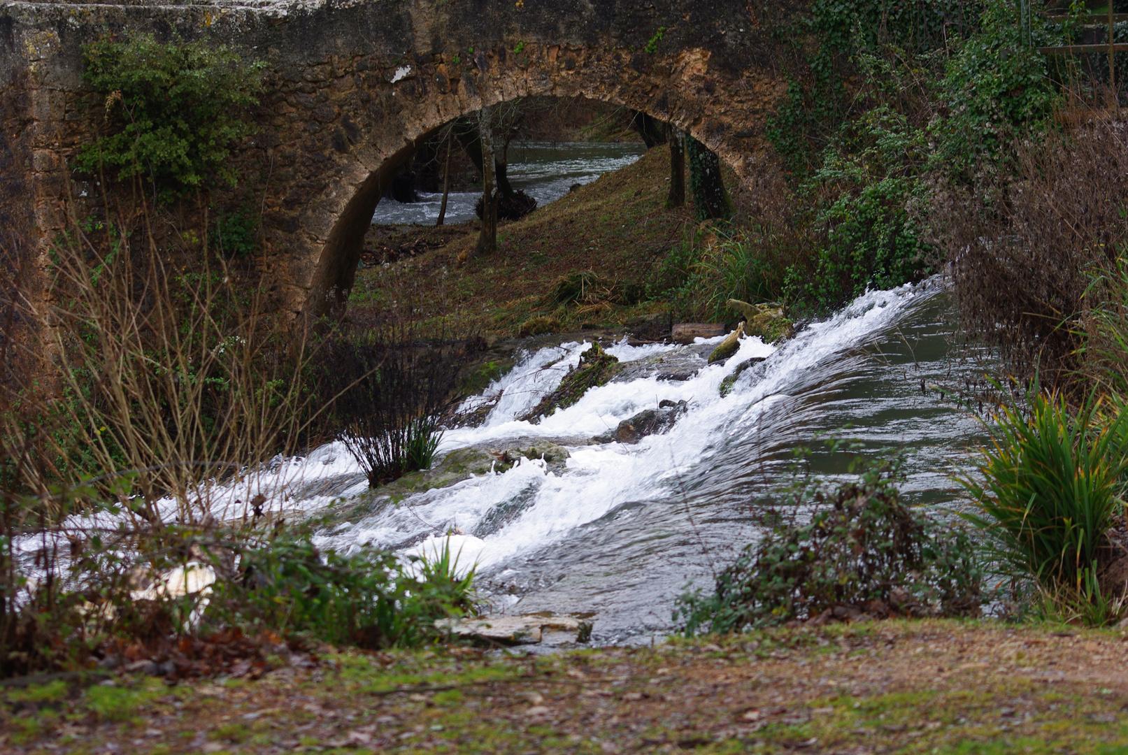 cascade riviere vins sr caramy