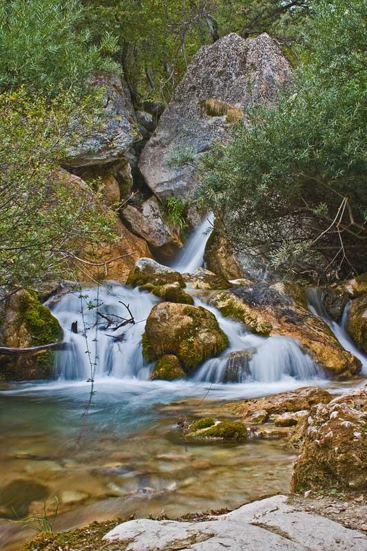 Cascatella del torrente Ambro (Appennino Marchigiano)
