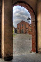 Cassine: altra vista della chiesa di San Francesco