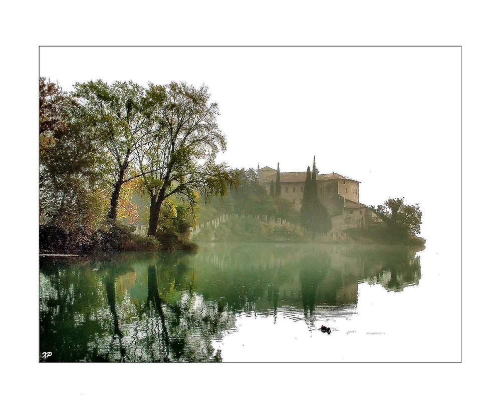 castel Toblino nella nebbia 2