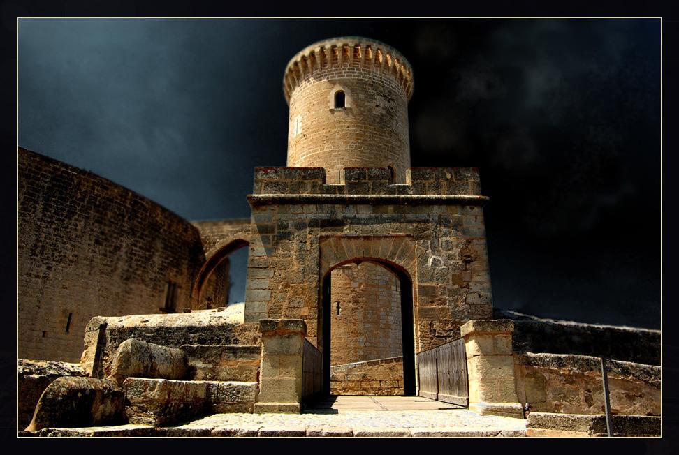 -_Castell de Bellver_-