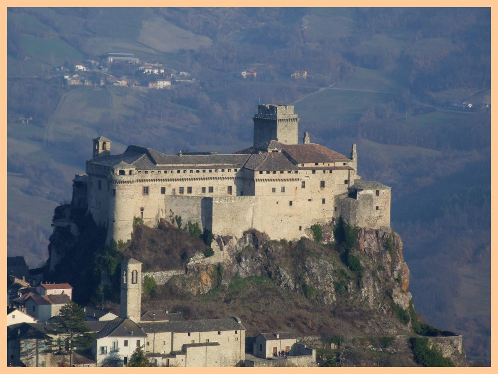 Castello di Bardi (Pc)