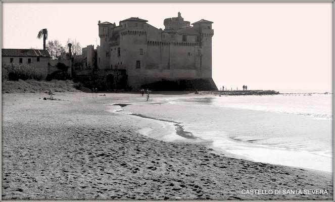 CASTELLO DI SANTA SEVERA B.& W.