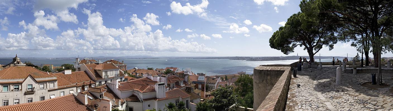Castelo de São Jorge - Blick auf Lissabon und den Tejo