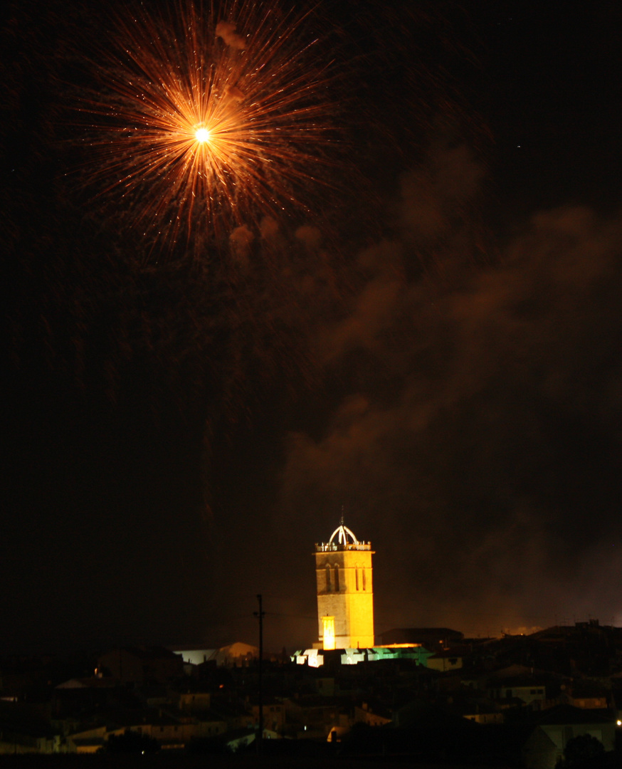 castillo de fuegos artificiales
