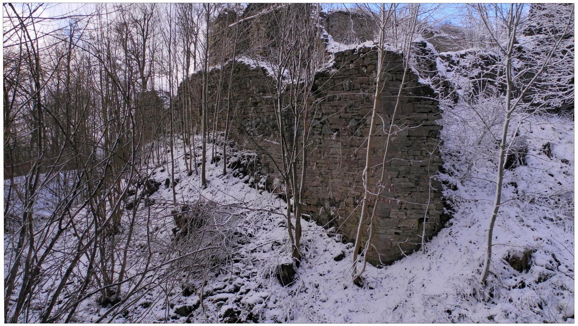 """Castillo en ruinas """"Hutsburg"""" (Die Burgruine """"Hutsburg"""")"""