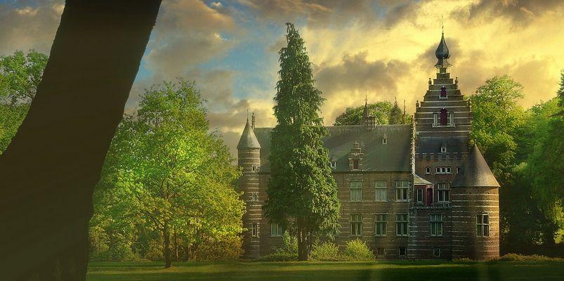 Castle 'Altena' at Kruibeke (Belgium)