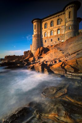 ...castle on the cliff...