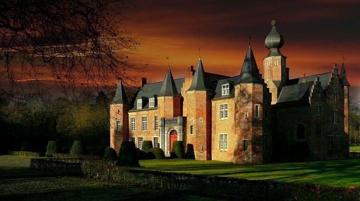 Castle Rumbeke (Belgium)