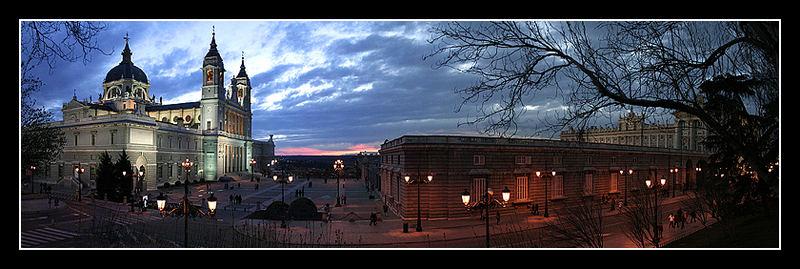 Catedral de La Almudena y Palacio Real de Madrid