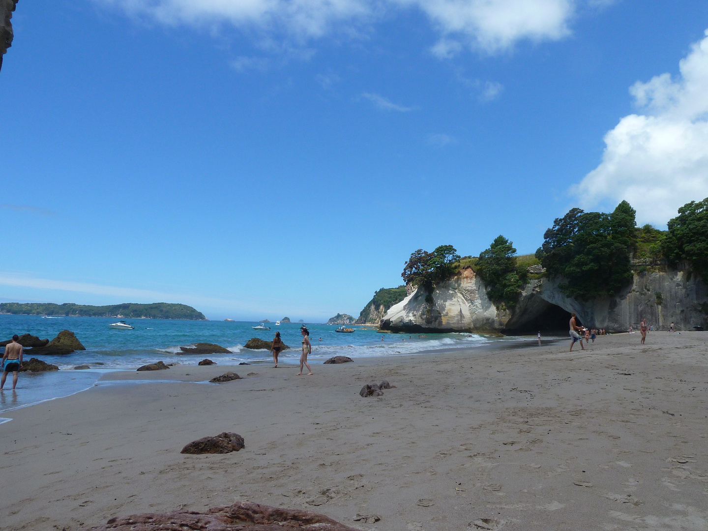CATHEDRAL COVE BEI HAHEI NEUSEELAND