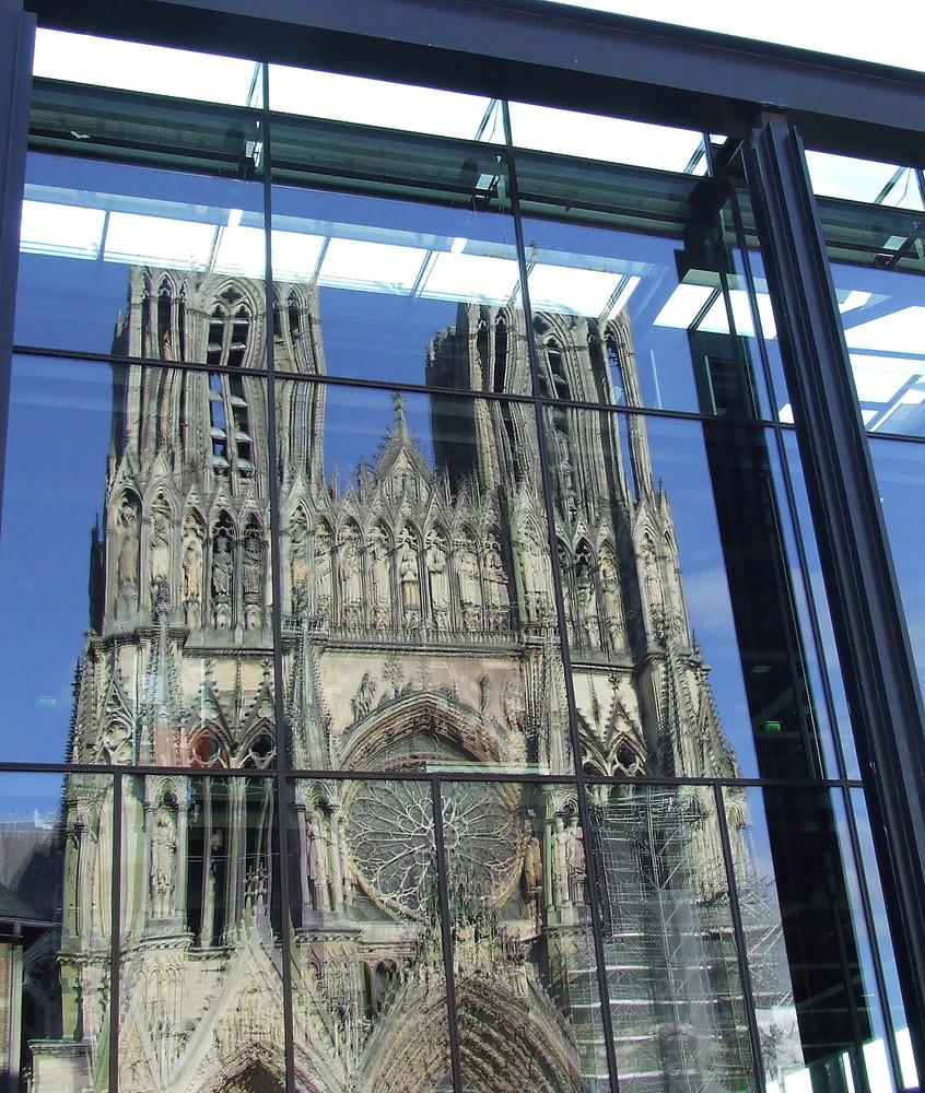 cathédrale dans médiathèque