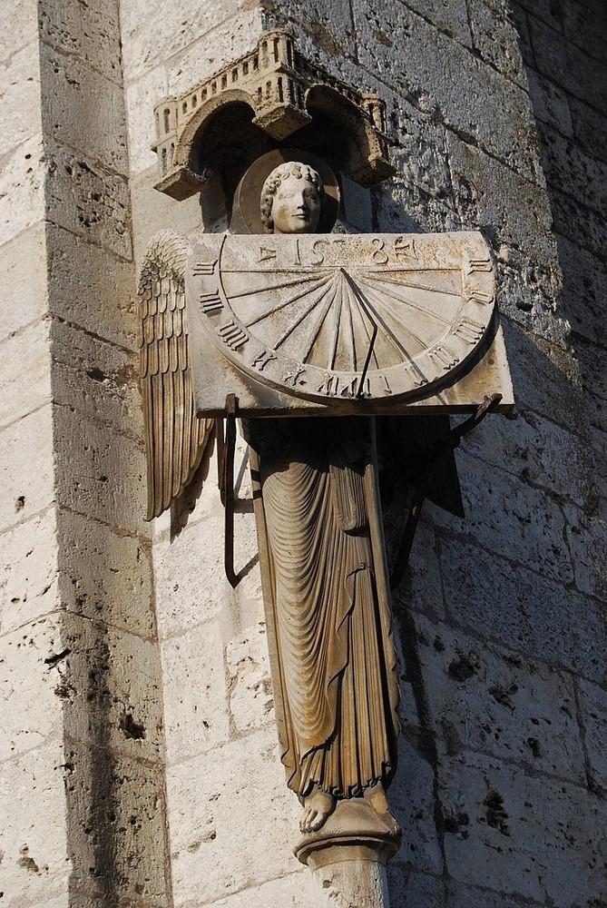 Cathédrale de Chartres-L'ange au Cadran
