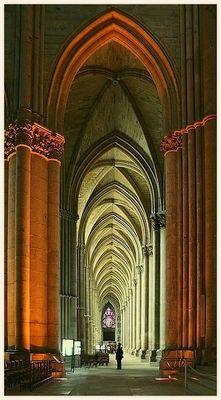 Cathédrale de Reims / Ogives de la nef latérale...