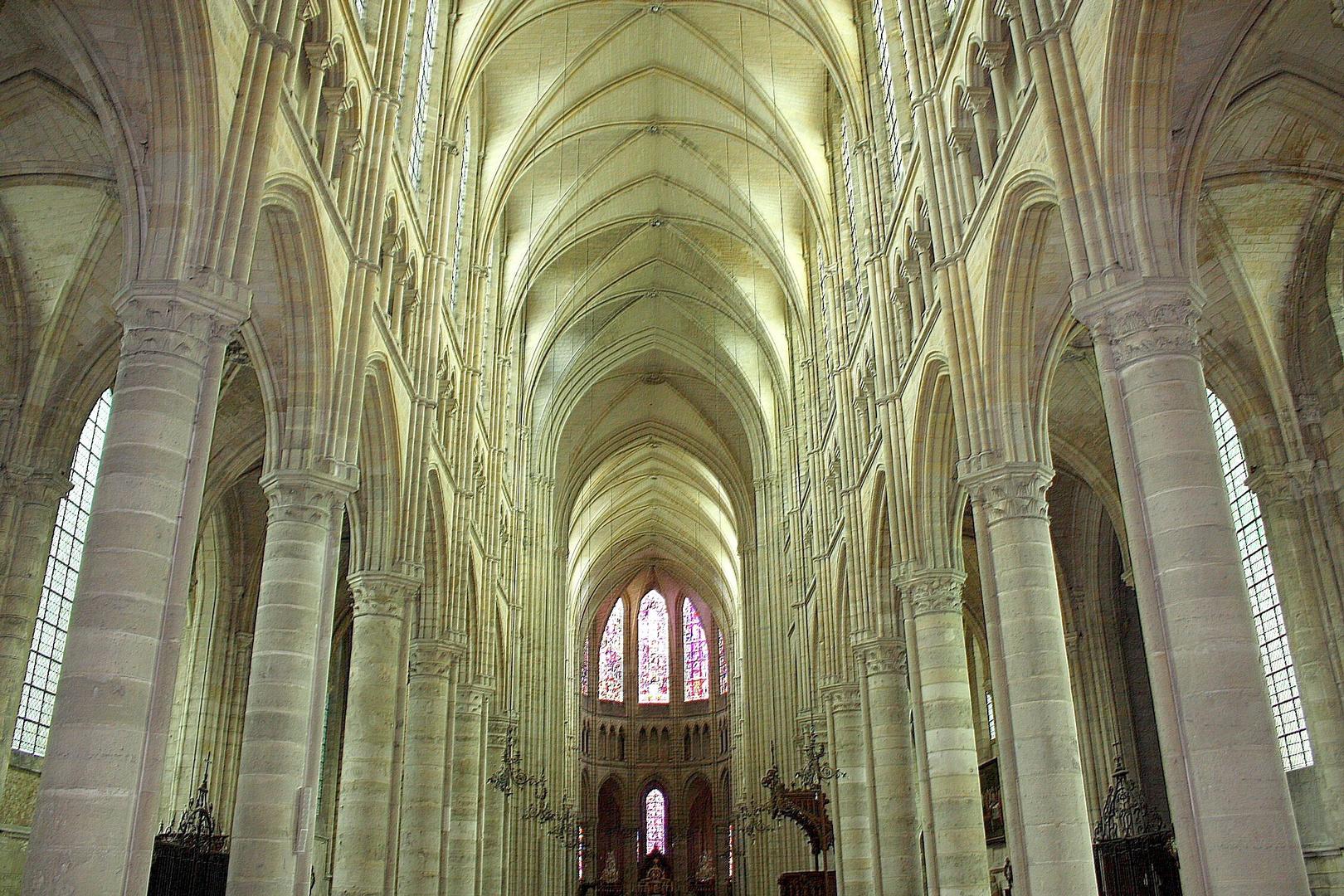 Cathédrale de Soissons La nef