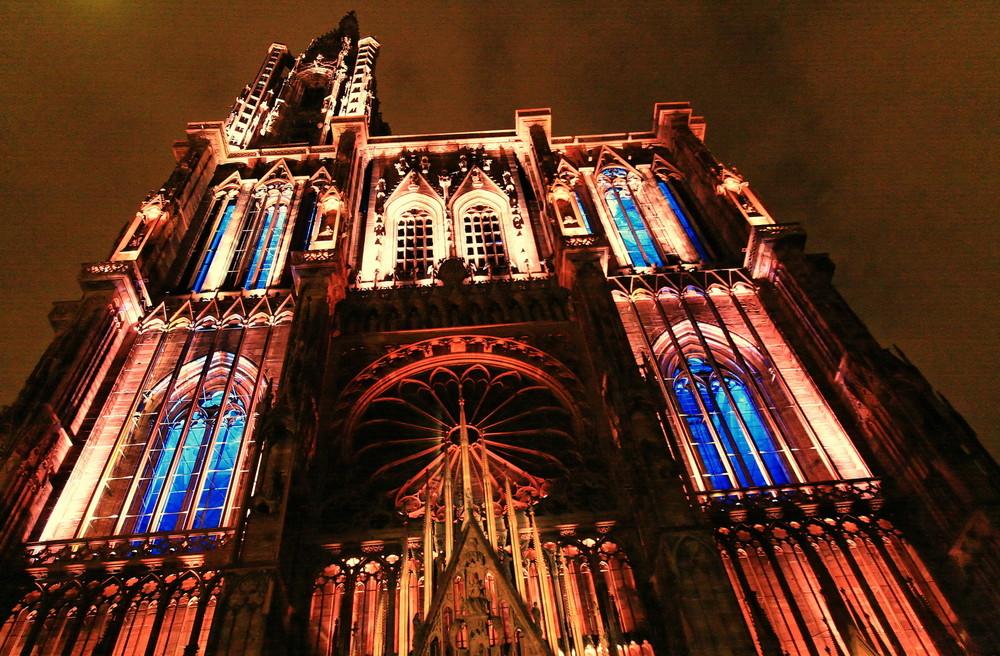 Cathédrale illuminée 1