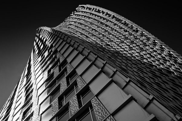 Cayan Tower /2