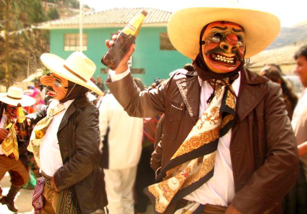 Celebrando en Paucartambo