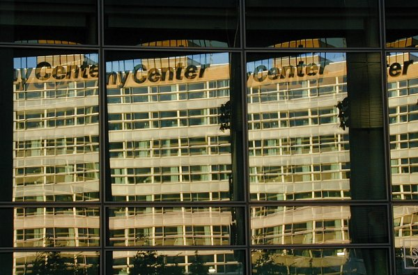 Center Spiegel