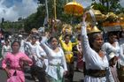 Cérémonie religieuse à BALI.