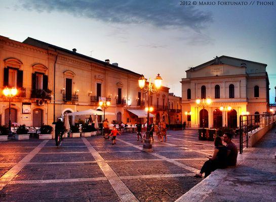 Cerignola - Piazza Matteotti Illuminata