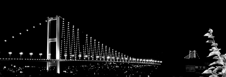 César GHAOUTI   Crossing the Bridge, Bosphore, Turquie