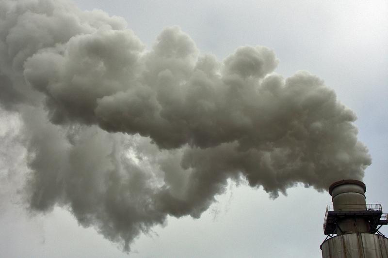 c'est l'histoire d'une cheminée qui revait de fabriquer des nuages...