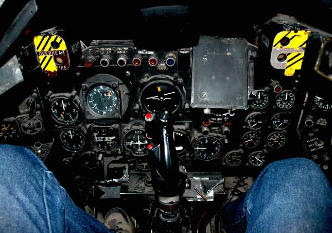 CF100 cockpit