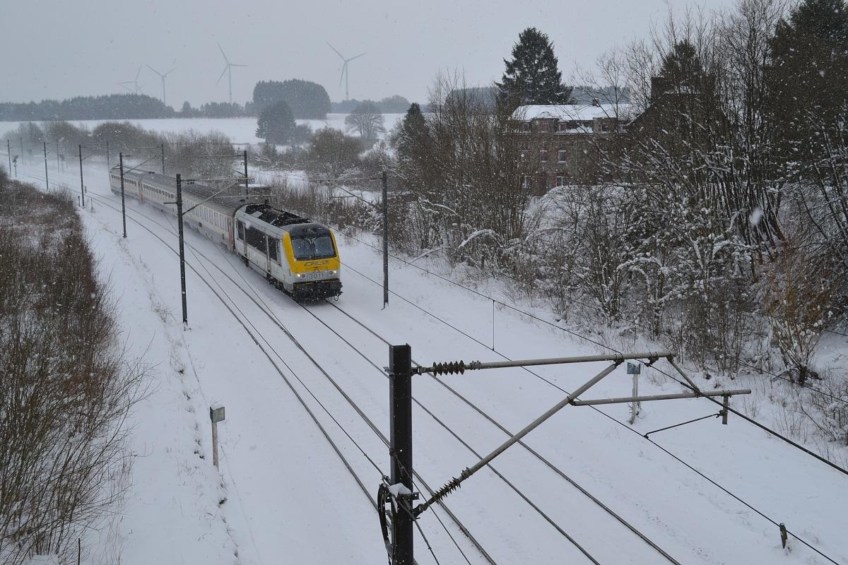 CFL 3011 in Schnee bei Courtil