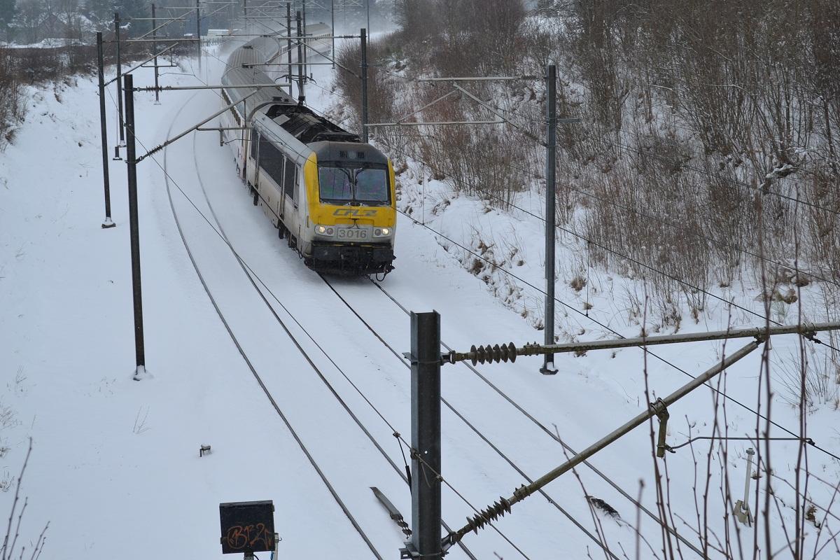 CFL 3016 in Schnee bei Courtil